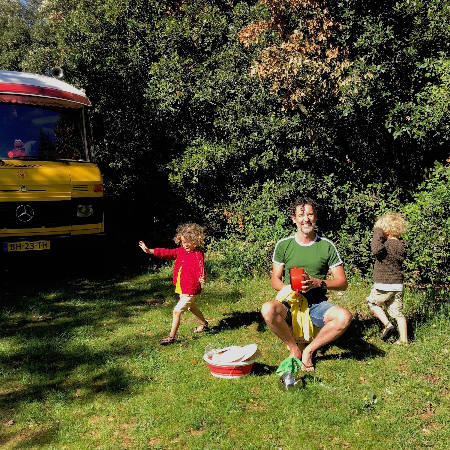 Expedition Family Happiness - Wild camping (and doing the dishes) in the Ardeche