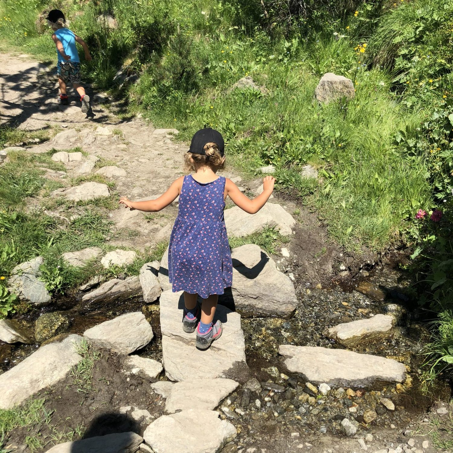 Expedition Family Happiness - The kids loved Hiking in Andorra!